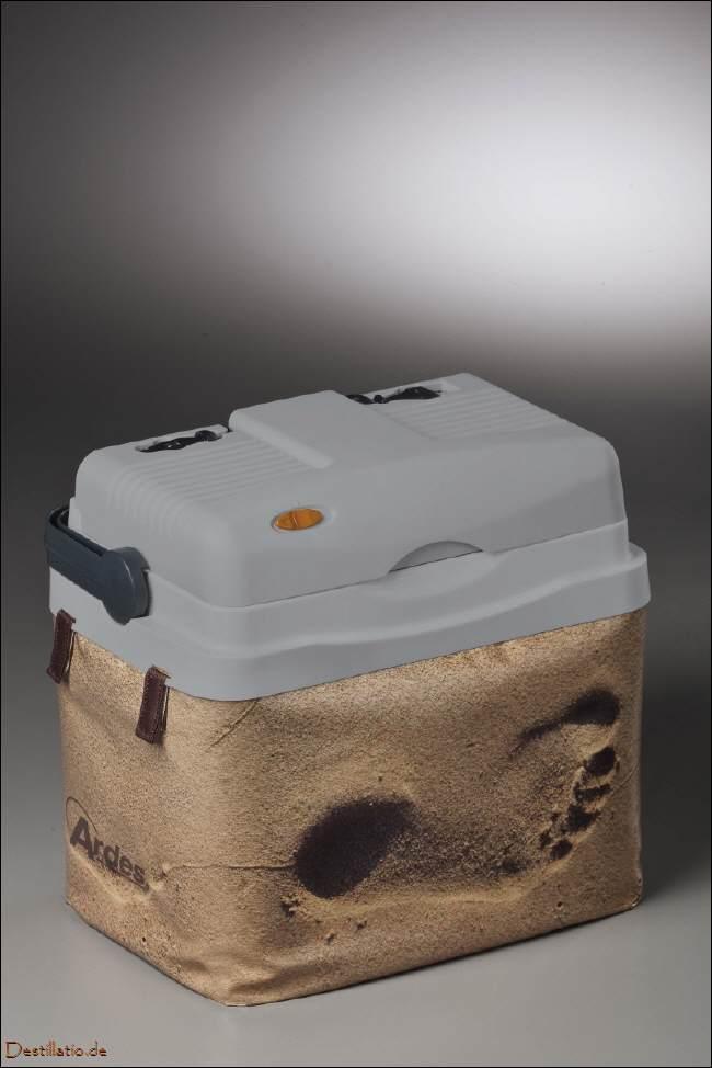 12 220 volt k hlbox tk49 mit extra isolation. Black Bedroom Furniture Sets. Home Design Ideas